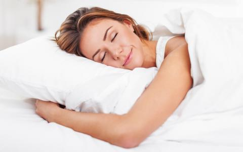 The 4 Best Essential Oils for Sleep